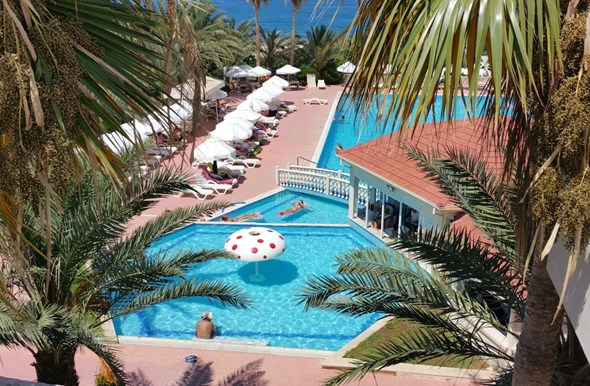 oscar resort hotel holidays
