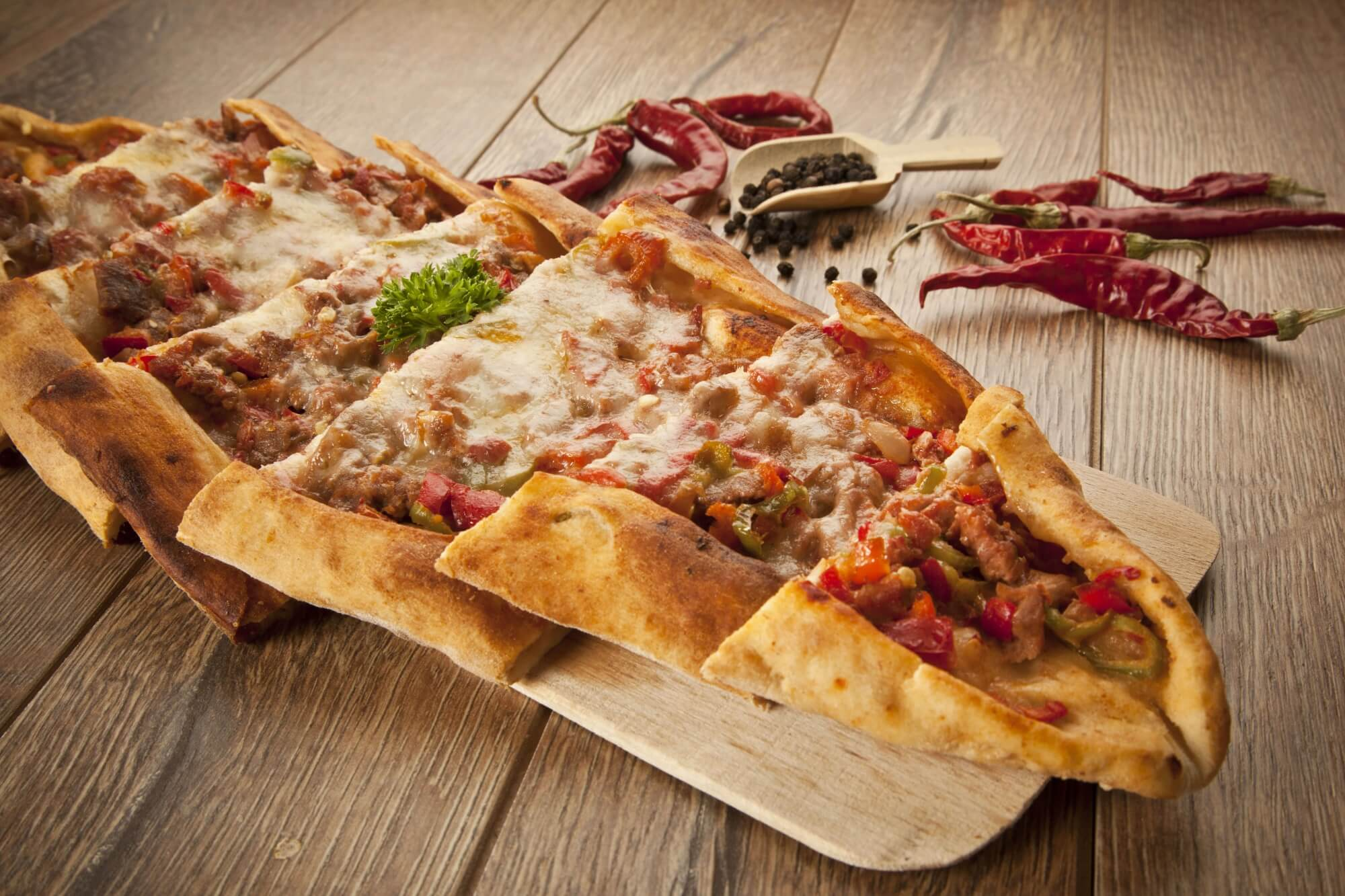 turkish pide food cheese